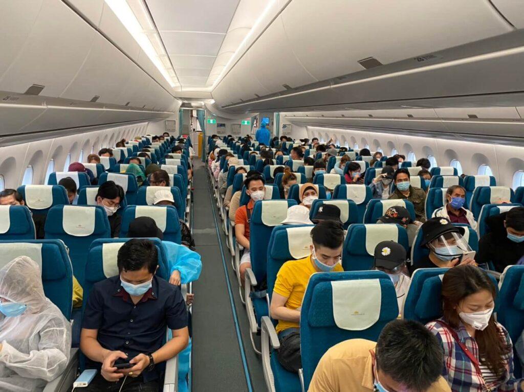 Hình ảnh về ngành Hàng không trên máy bay