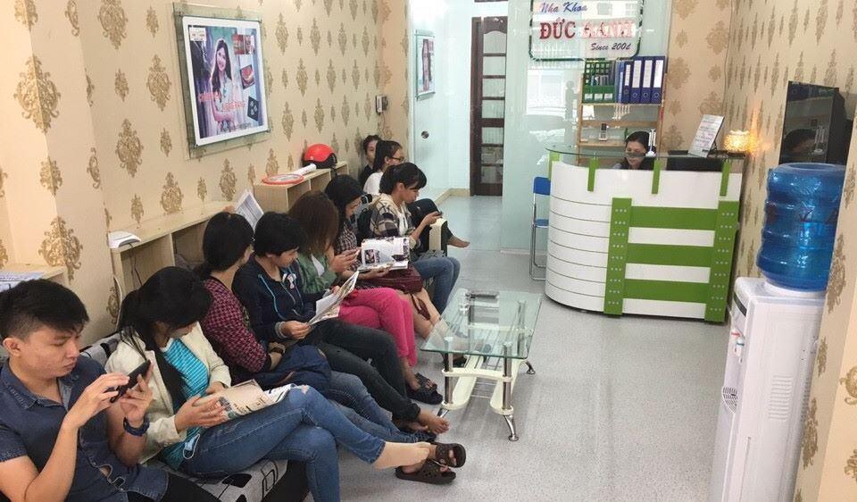 Hình ảnh về phòng khám nha khoa tại phòng chờ