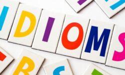 Top 100+ Idioms trong tiếng Anh hay và thông dụng nhất
