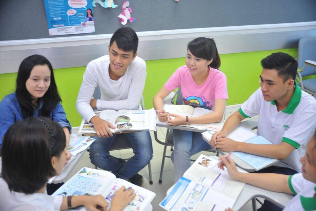 Tạo nhóm học tập khi học ngoại ngữ