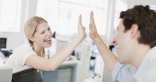 Những cách nói động viên, khen ngợi trong tiếng Anh