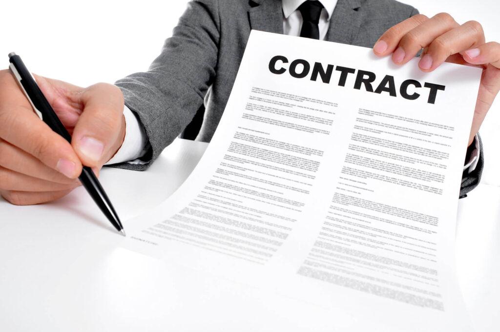 Một số mẫu câu thường được sử dụng trong Hợp đồng