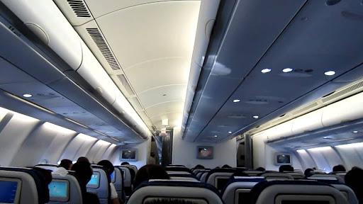 Một số mẫu câu tiếng anh giao tiếp chuyên ngành Du lịch  trên máy bay