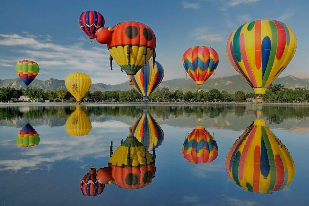 Hot-air balloon: khinh khí cầu