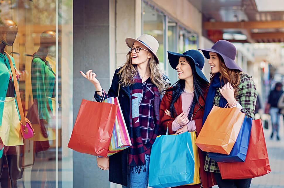 Đoạn hội thoại giao tiếp chủ đề shopping minh họa