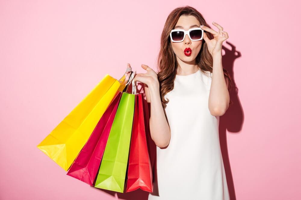 Một số cụm từ liên quan đến chủ đề shopping