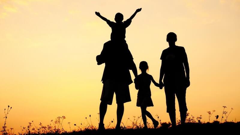 Từ vựng tiếng Anh theo chủ đề Family