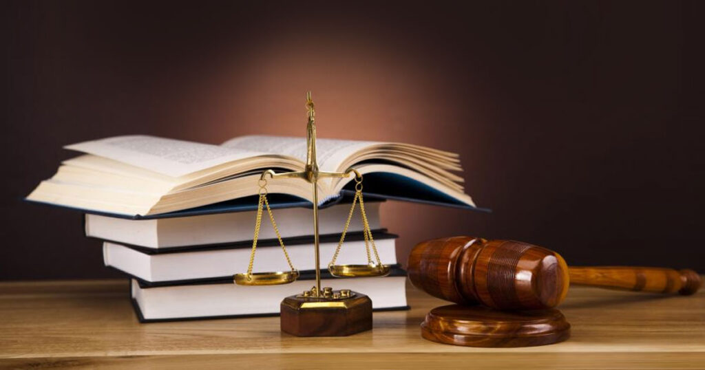 Tổng hợp từ vựng tiếng Anh chủ đề Tội phạm và Công lý