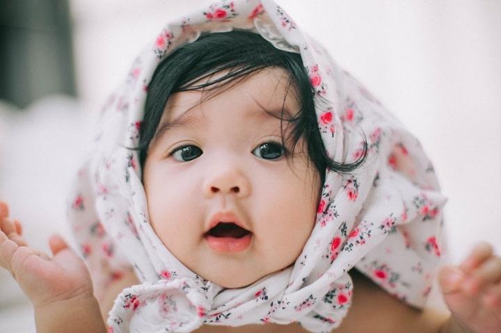 Những tên tiếng Anh cho bé gái hay và nhiều ý nghĩa đẹp 2021